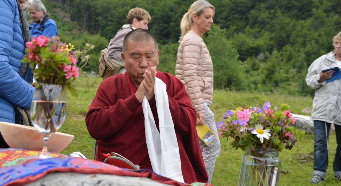 Tibet-Ritual am Ellmauer Steinkreis